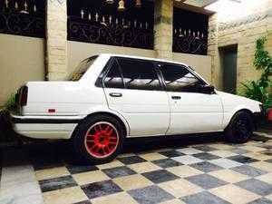 Toyota Corolla - 1986
