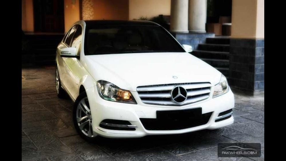 Mercedes Benz C Class - 2014  Image-1