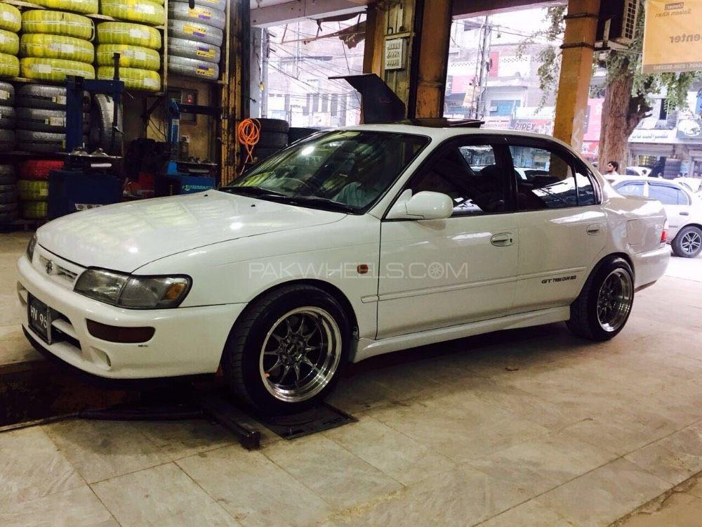 Toyota Corolla - 1996  Image-1