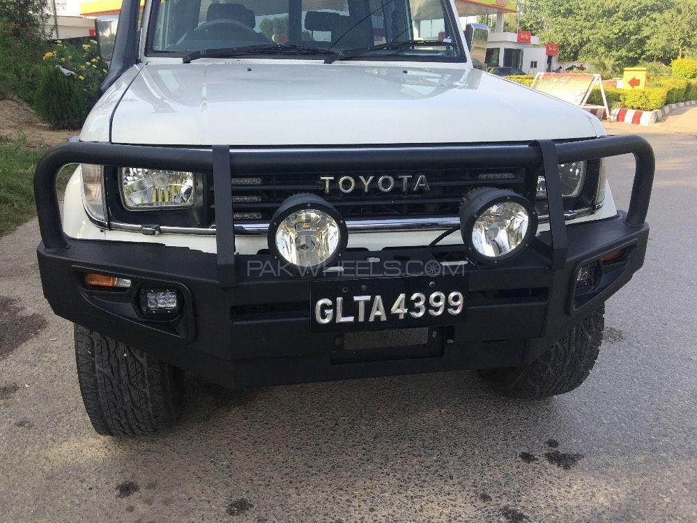 Toyota Land Cruiser - 1994  Image-1