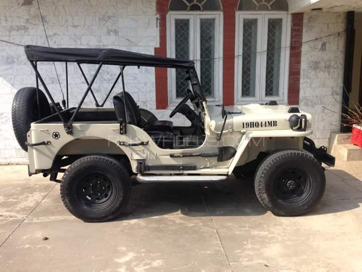 Willys M38 - 1949  Image-1