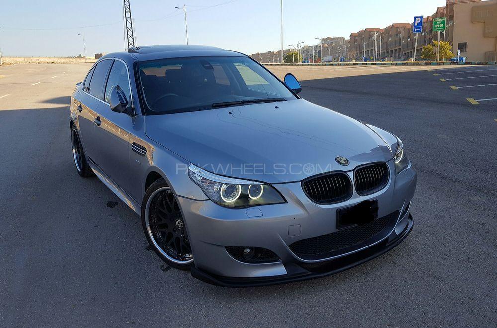 BMW 5 Series - 2003  Image-1
