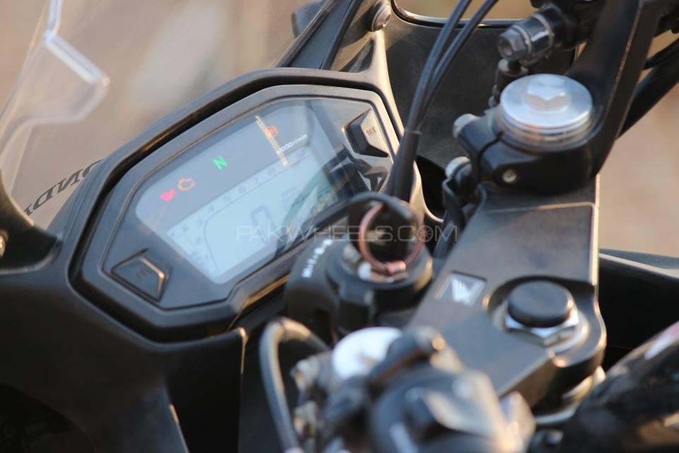 Honda CBR 500R - 2016  Image-1