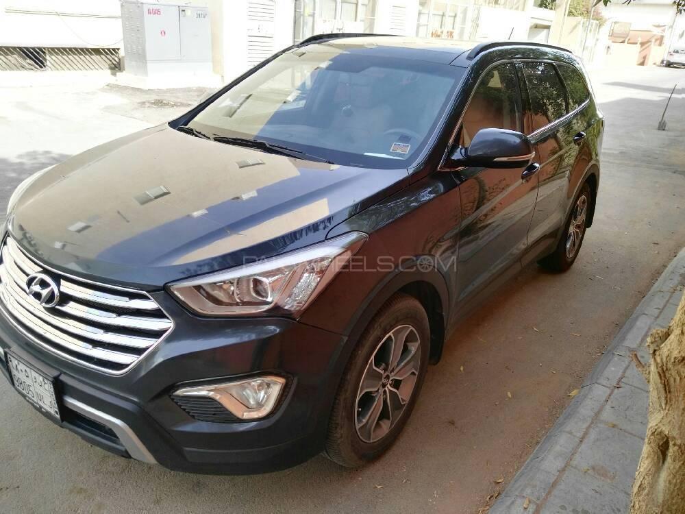 Hyundai Santa Fe - 2016 baby Image-1