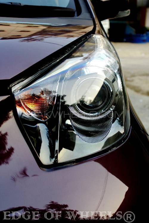 Toyota iQ - 2013  Image-1