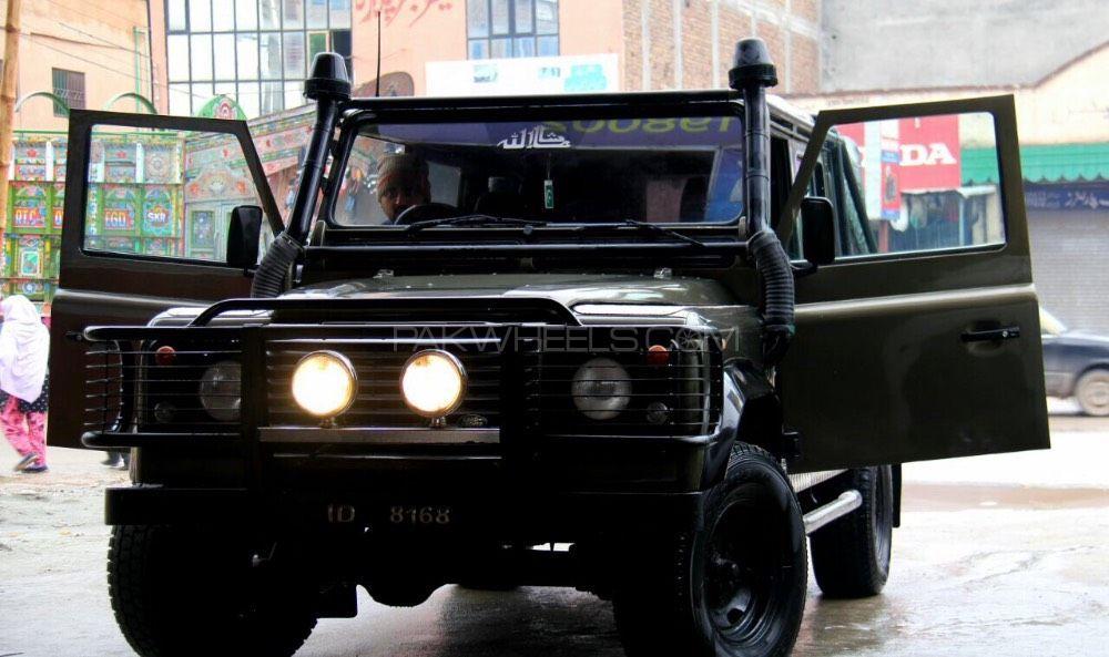 Land Rover Defender - 1992  Image-1