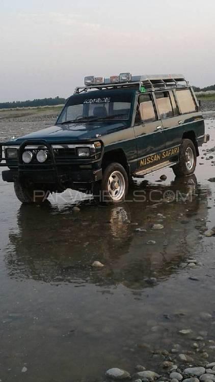 Nissan Safari - 1985 Nissan Safari jeep  Image-1