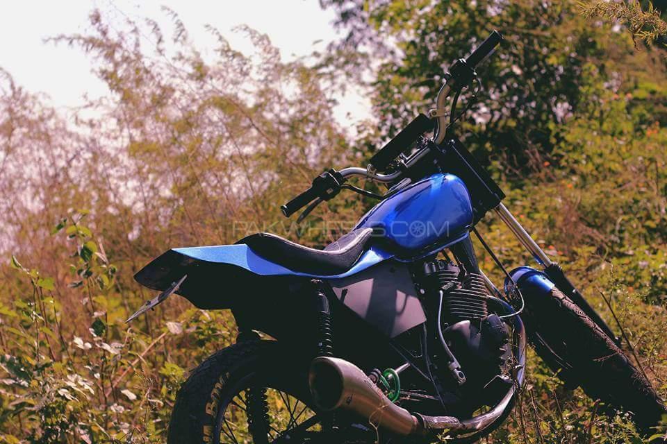 Suzuki GS 150 - 2008  Image-1