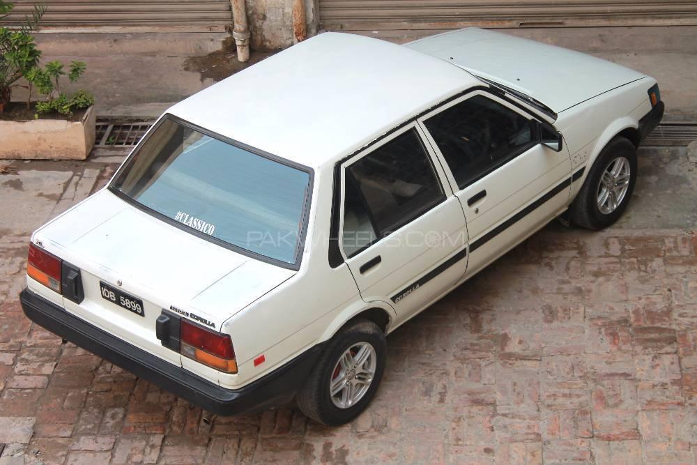 Toyota Corolla - 1986 Classico Image-1