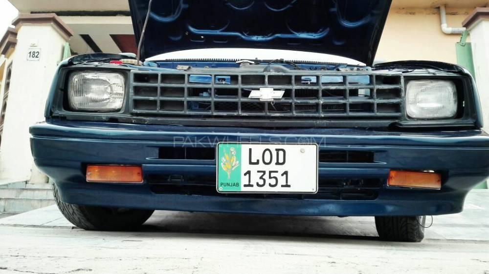 Chevrolet Nova - 1985  Image-1