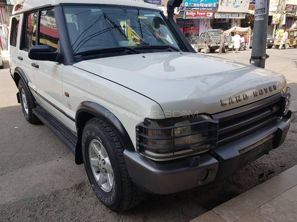 Land Rover Discovery - 2003  Image-1