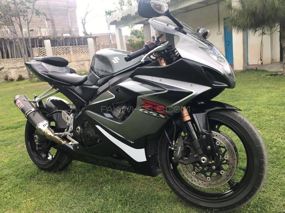 Suzuki GSX-R750 - 2009  Image-1
