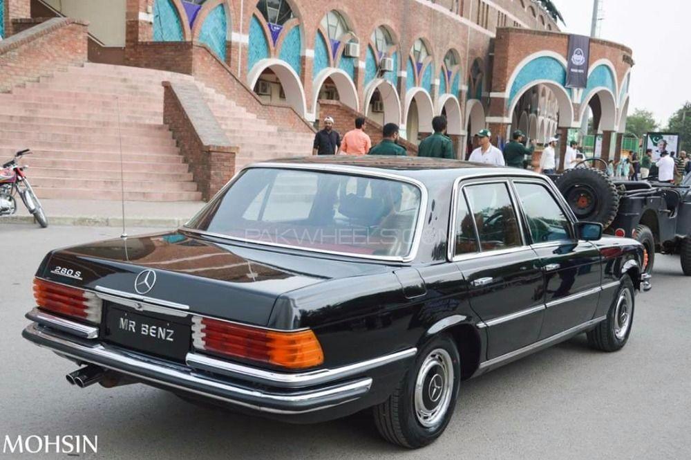 Mercedes Benz GLS Class - 1976  Image-1