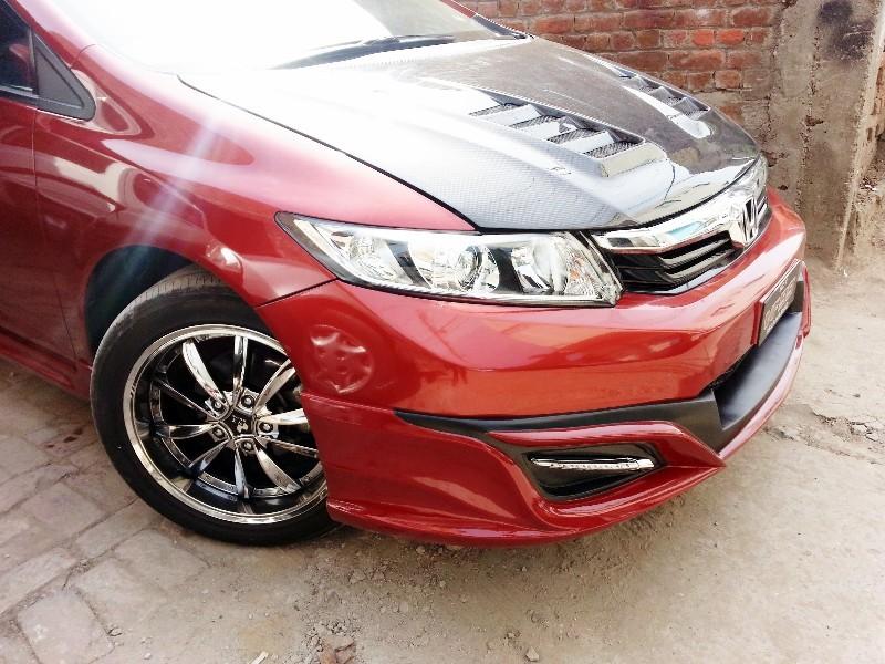 Honda Civic - 2013 AAK Image-1