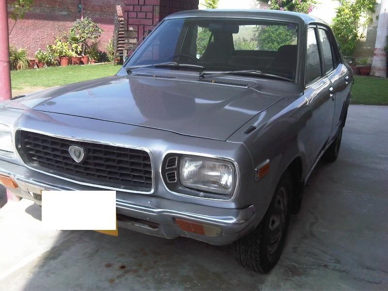 Mazda 808 - 1976 Mazda 818 GL Grand Familia Image-1