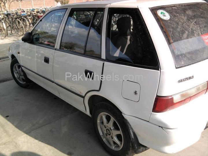 Suzuki Cultus - 2002 Cultus Image-1