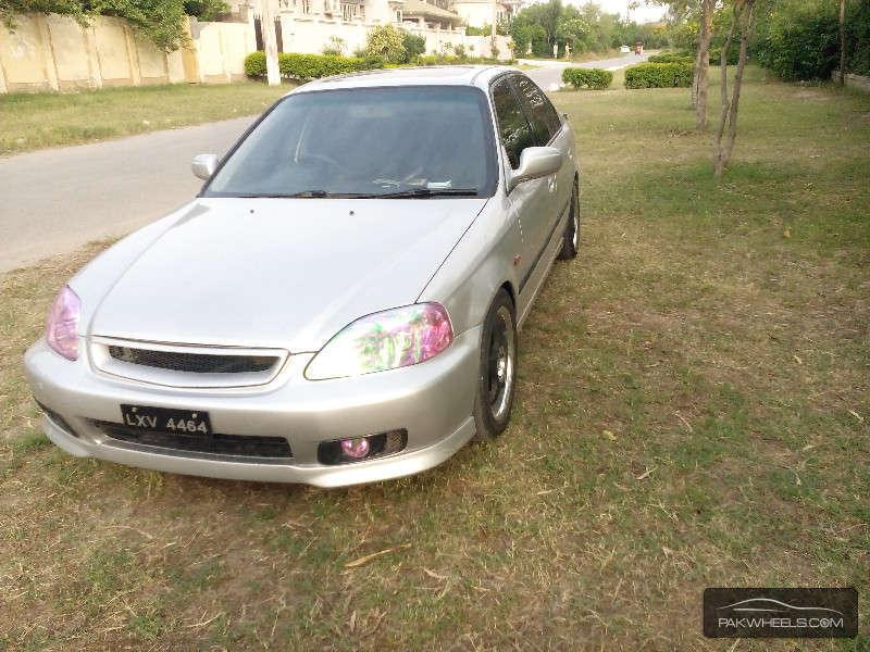 Honda Civic - 2000 AD Image-1