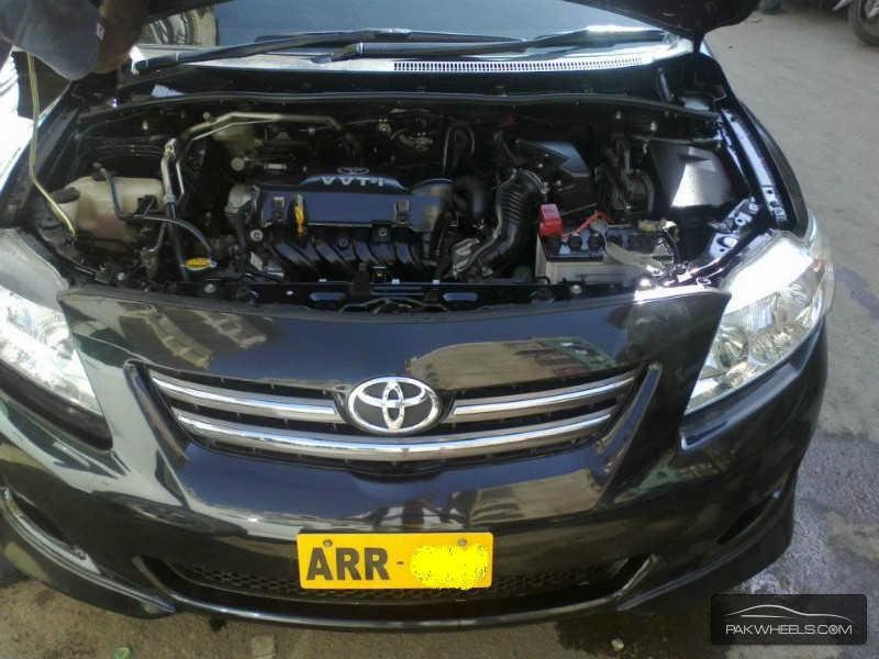 Toyota Corolla - 2009 Artist  Image-1