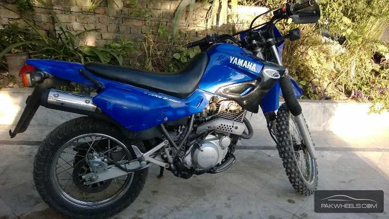 Yamaha FZ6 - 2003 XT600 Image-1