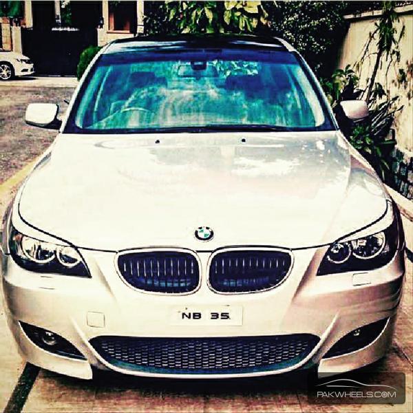 BMW 5 Series - 2004 BMW Image-1