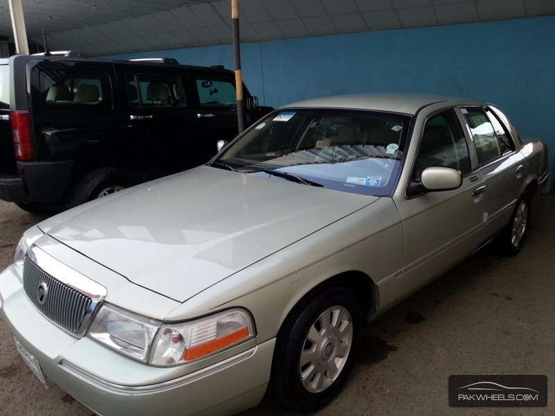 Ford Other - 2005 Grand Marquis Image-1
