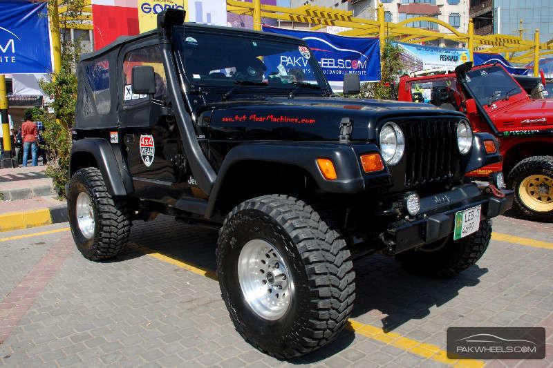 Jeep Wrangler - 2004 MEAN MONSTER Image-1