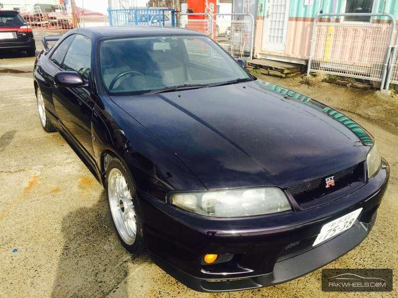 Nissan GT-R - 1995  Image-1