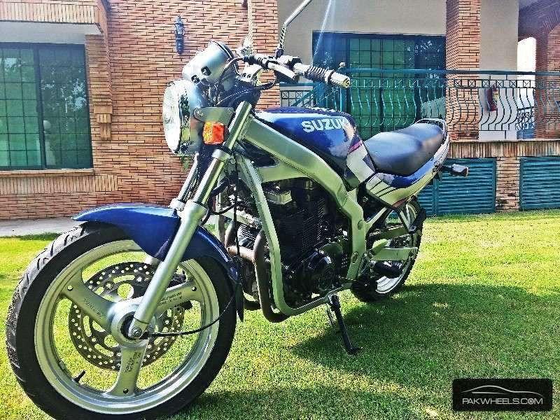 Suzuki GS500E - 1996  Image-1