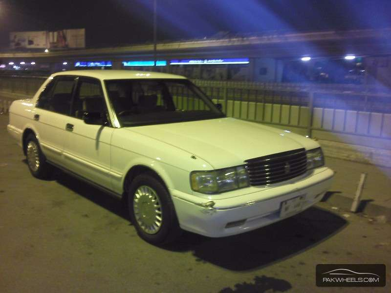 Toyota Crown - 1993  Image-1
