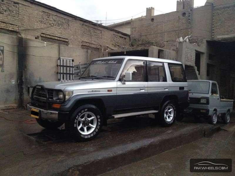 Toyota Prado - 1990 Truck Image-1