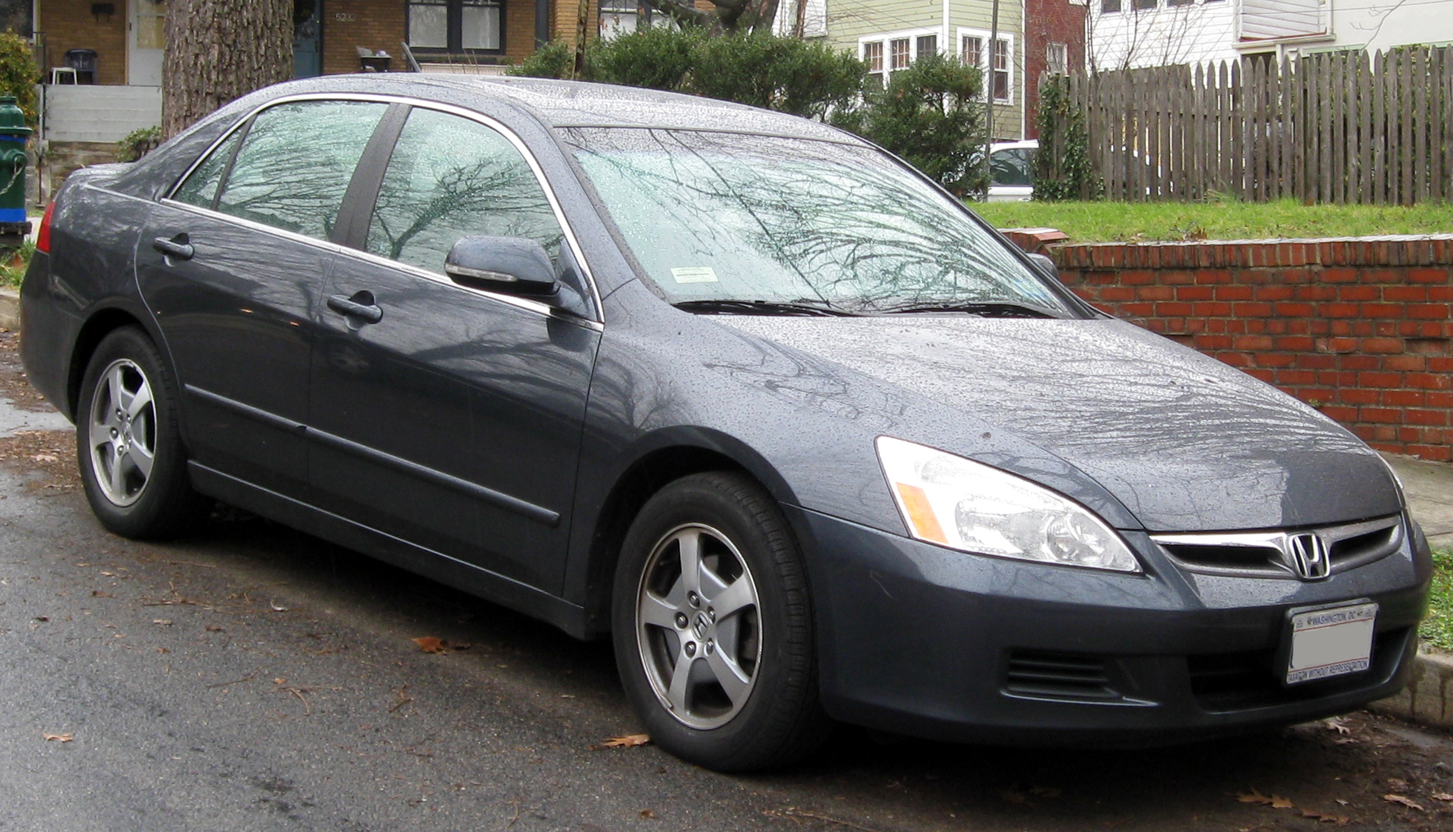 Honda Accord 2006 Exterior Front Side View