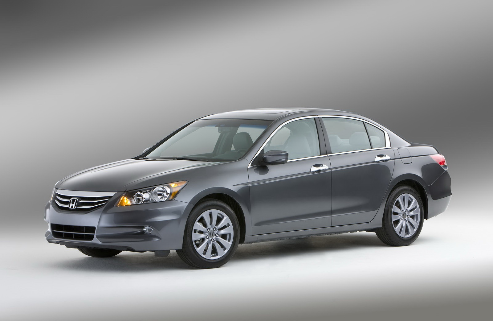 2011-honda-accord-sedan-8