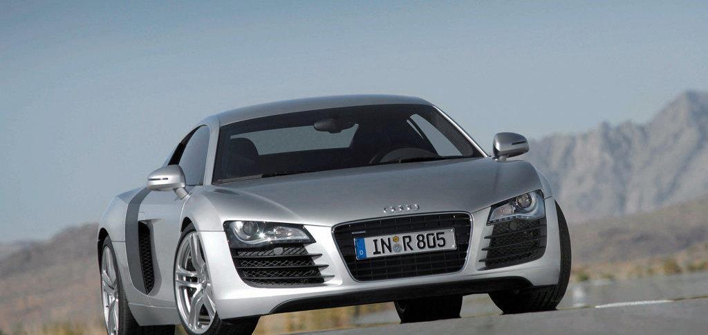Audi R8  Exterior Front View