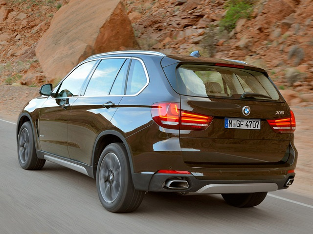 BMW X5 Series  Exterior Rear Side View