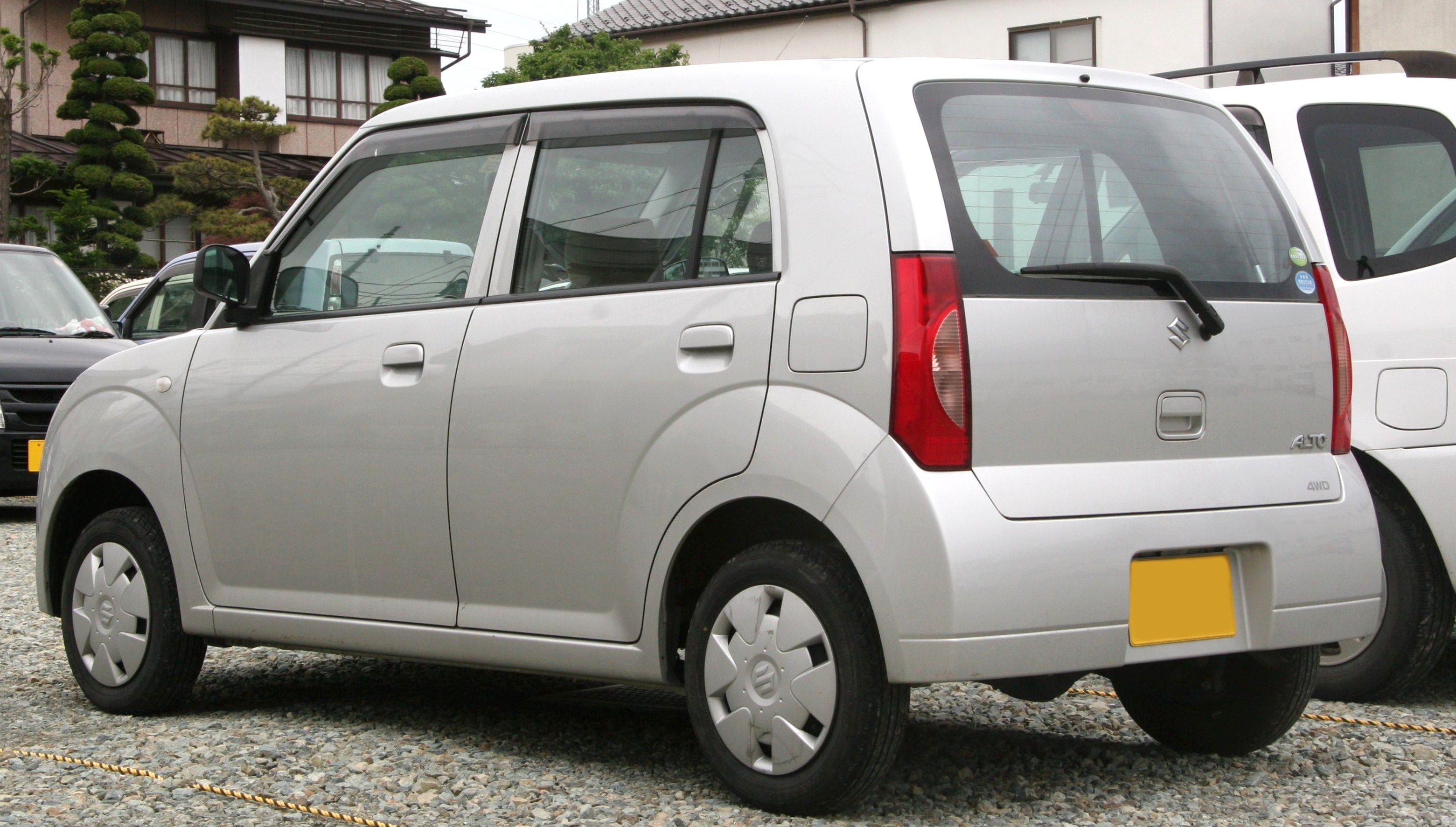 Suzuki Alto 2009 Exterior Rear Side View
