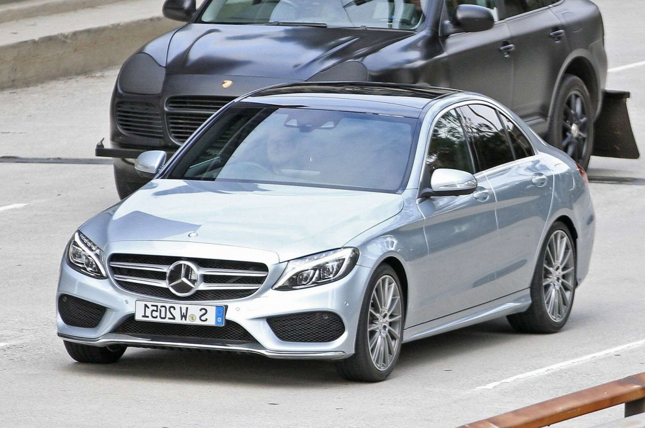 Mercedes Benz C Class 2019 Exterior Front Side View