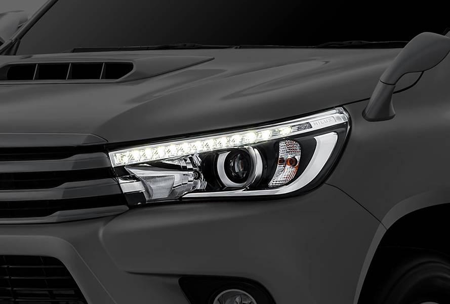 Toyota Hilux 2018 Exterior DR Lamps
