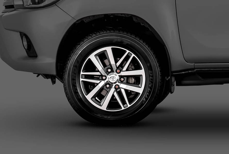 Toyota Hilux 2019 Exterior 18 inch Alloy Rims