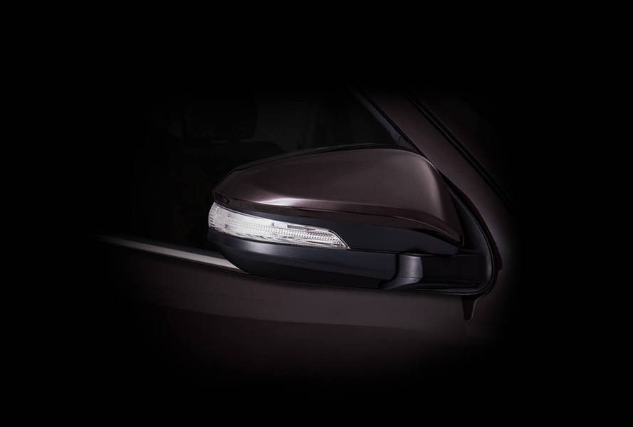 Toyota Fortuner 2020 Exterior Auto folding electric side mirrors