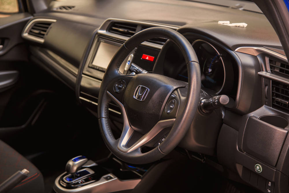 Honda Fit Hybrid Base Grade 1.5 in Pakistan, Fit Hybrid ...
