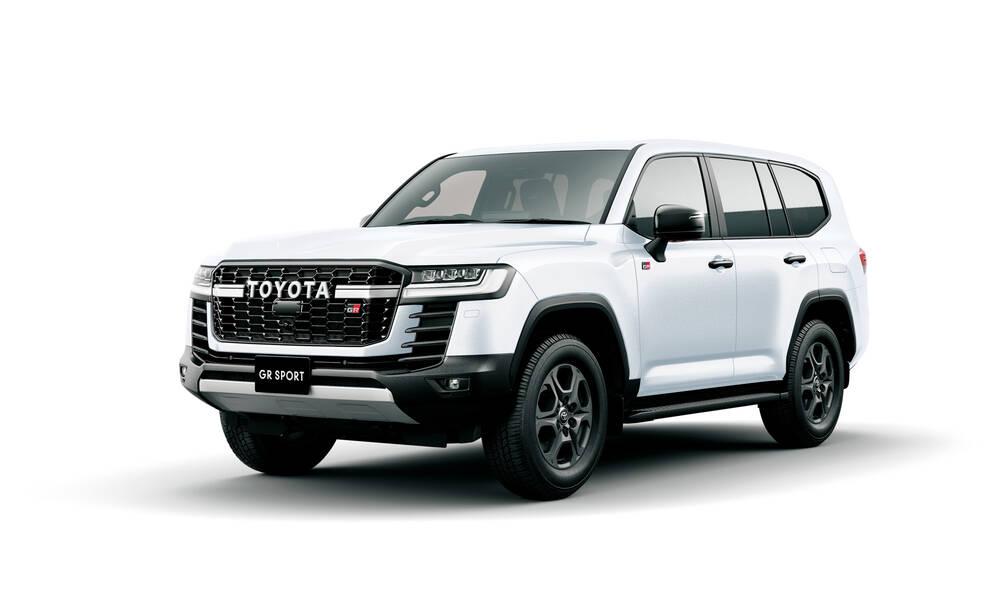 Toyota Land Cruiser Exterior Front Profile