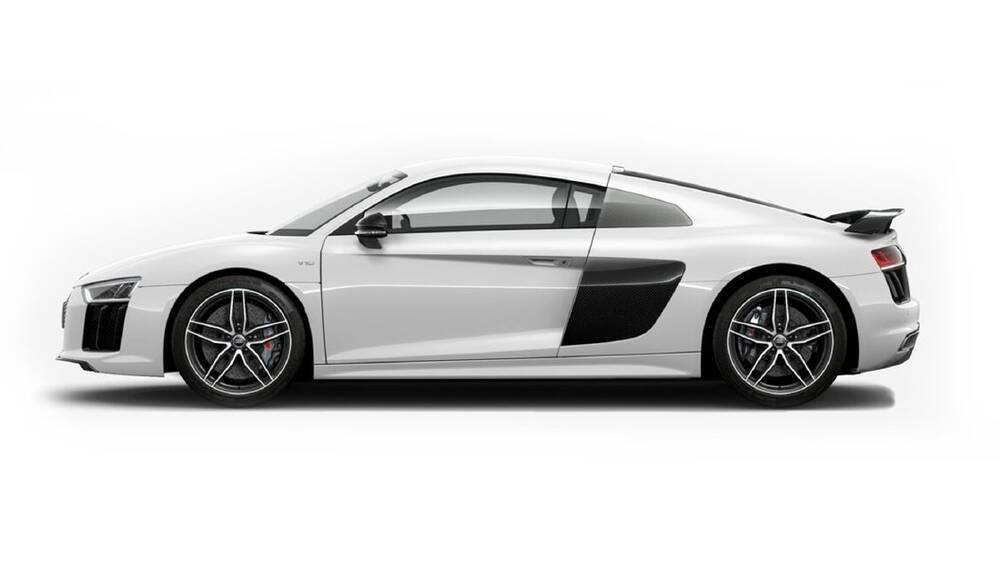 Audi R8 Exterior Side Profile